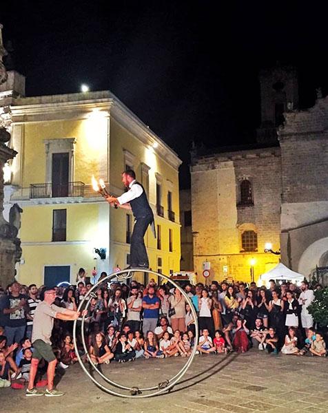 Artisti di strada  Lecce 15- 16 - 23 dicembre